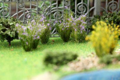 """Цветущие растения для диорамы """"Сиреневые соцветия""""."""