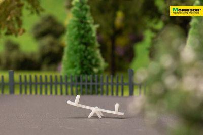 Качели-балансир для макета детской площадки в масштабе 1:200