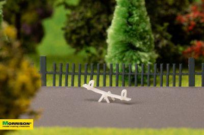 Качели-балансир для макета детской площадки в масштабе 1:250