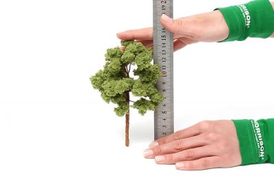 Модель дуба 15см.