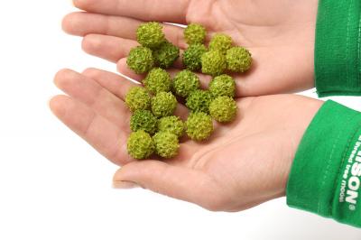 Поролоновые шарики светло-зеленые. 20шт. 10-13мм.